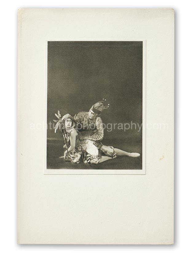 Plate 03, E.O. Hoppe Tamara Karsavina and Adolf Bolm in the Firebird (Madame Thamar Karasavina and M. Adolph Bolm, L'Oiseau de Feu), 1911, image size 19.3 x 14.5 cm paper size 20.5 x 15.4 cm