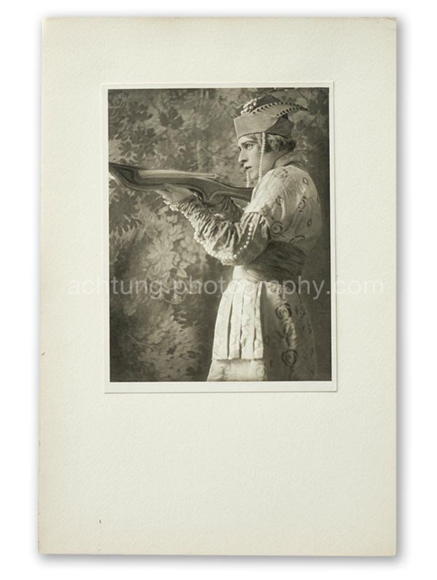 Plate 04, E.O. Hoppe Adolf Bolm in the Firebird (Monsieur Adolph Bolm, L'Oiseau de Feu), 1911, image size 19.3 x 14.6 cm paper size 20.3 x 15.4 cm