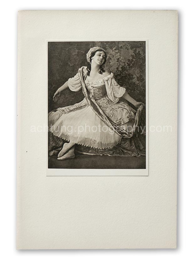 Plate 10, E.O. Hoppe Tamara Karsavina in Le Pavillon d'Armide (Madama Thamar Karasavina, Le Pavillion d'Armide), 1911, image size 18.9 x 14.6 cm paper size; 20.4 x 15.3 cm