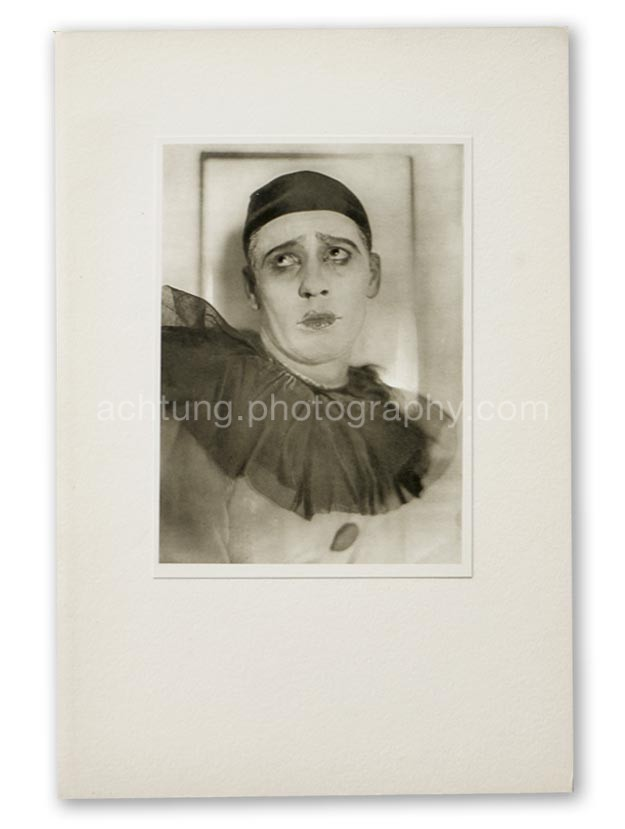 Plate 11. E.O. Hoppe Adolf Bolm in Le Carnaval (Monsieur Adolphf Bolm, Le Carnaval), 1910, image size 19.3 x 14 cm paper size 20.3 x 14.7 cm