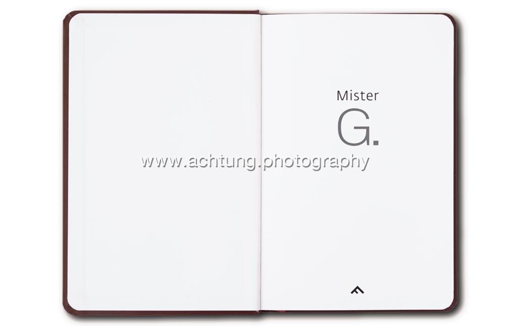 Gilbert_Garcin_Mister_G_P00